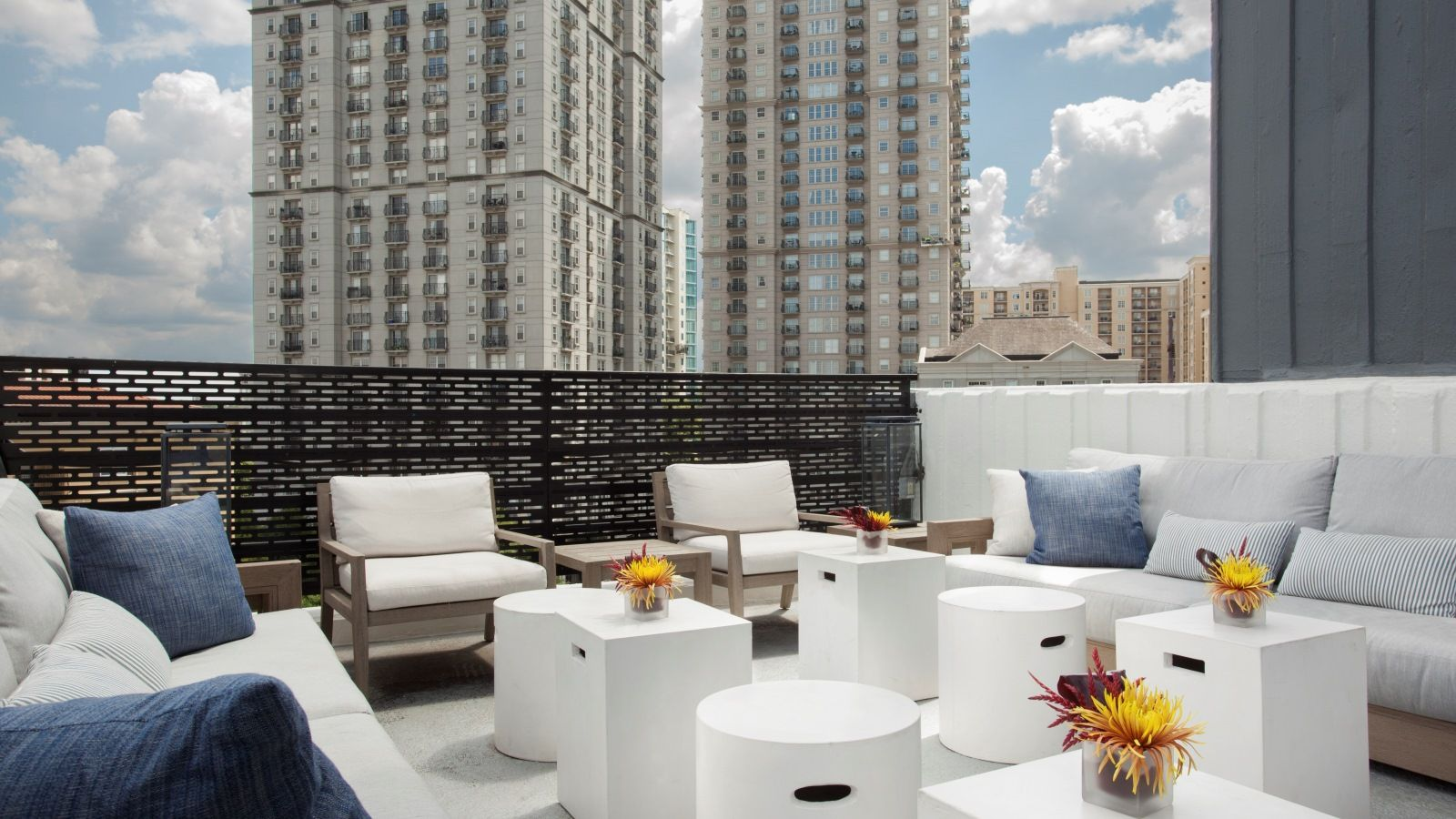 WETDECK - W Atlanta Midtown